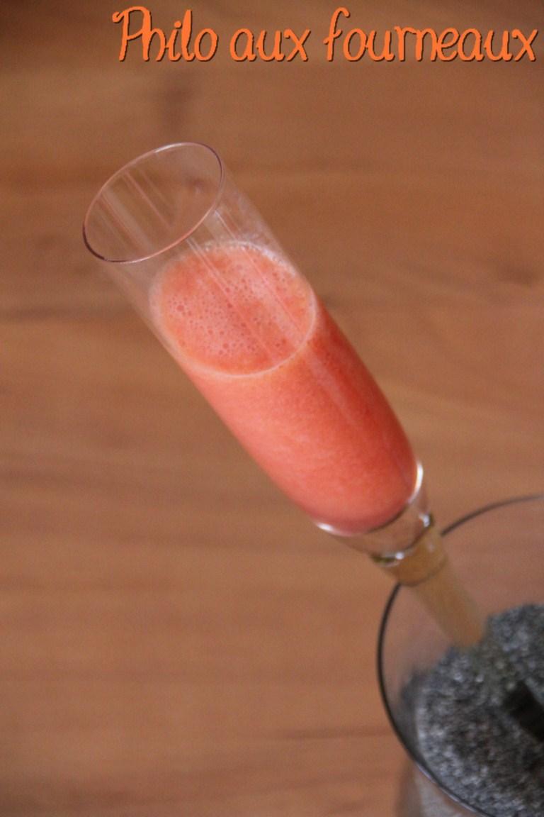 smoothie-pasteque-pamplemousse-confiture-abricot