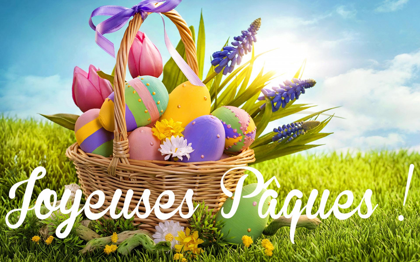 Holidays_Easter_Lupinus_Tulips_Eggs_Wicker_basket_518538_1920x1200